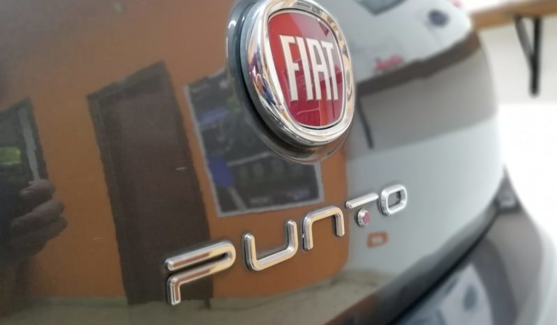 FIAT NEW PUNTO LOUNGE MJET completo