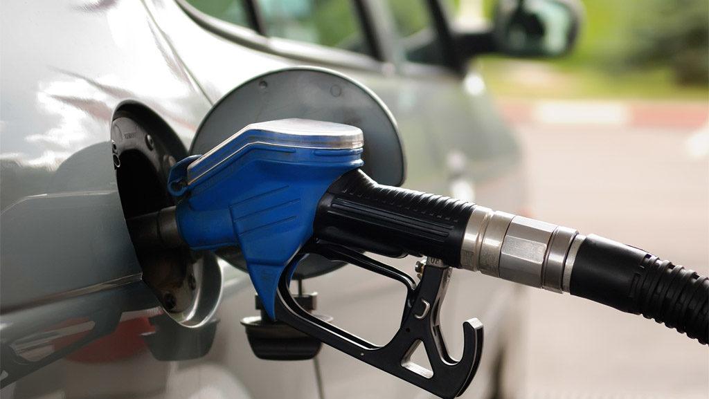 come consumare meno benzina